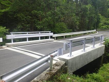 村道内谷線内谷第一号床版橋補修工事